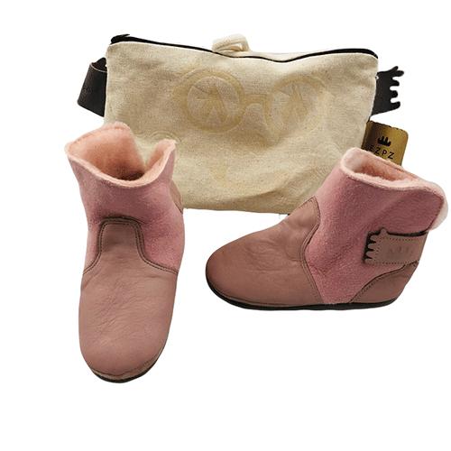 9a152e717 Slippers - Votre boutique de seconde main de qualité pour enfants!
